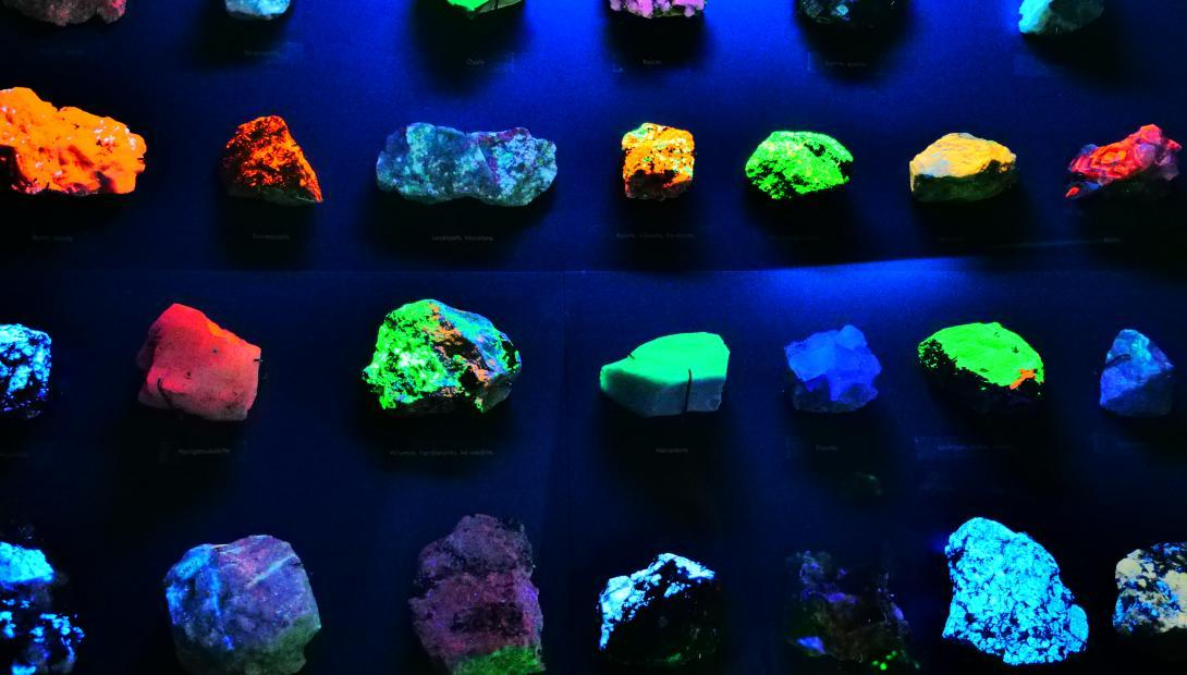 "Exhibition ""Mineralogy"". Luminescence."